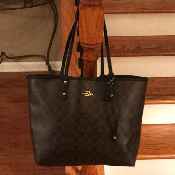cc21b989 🤩 Coach Reversible tote bag/purse🤩
